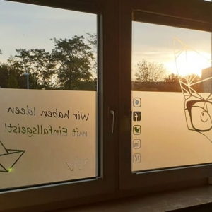 Einfallsgeist Fensterbeschriftung